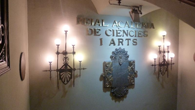 REAL ACAD??MIA DE LES CIENCIES I ARTS